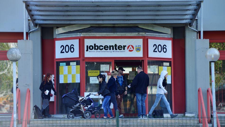 Jobcenter in Berlin: Aufdeckung von Einkünften aus E-Commerce