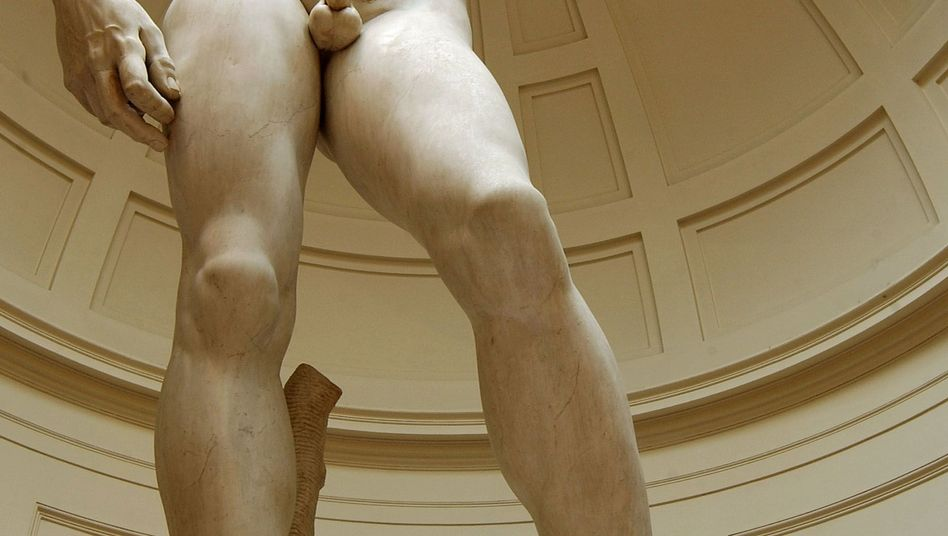Die David-Skulptur von Michelangelo - plötzlich ein Römer?