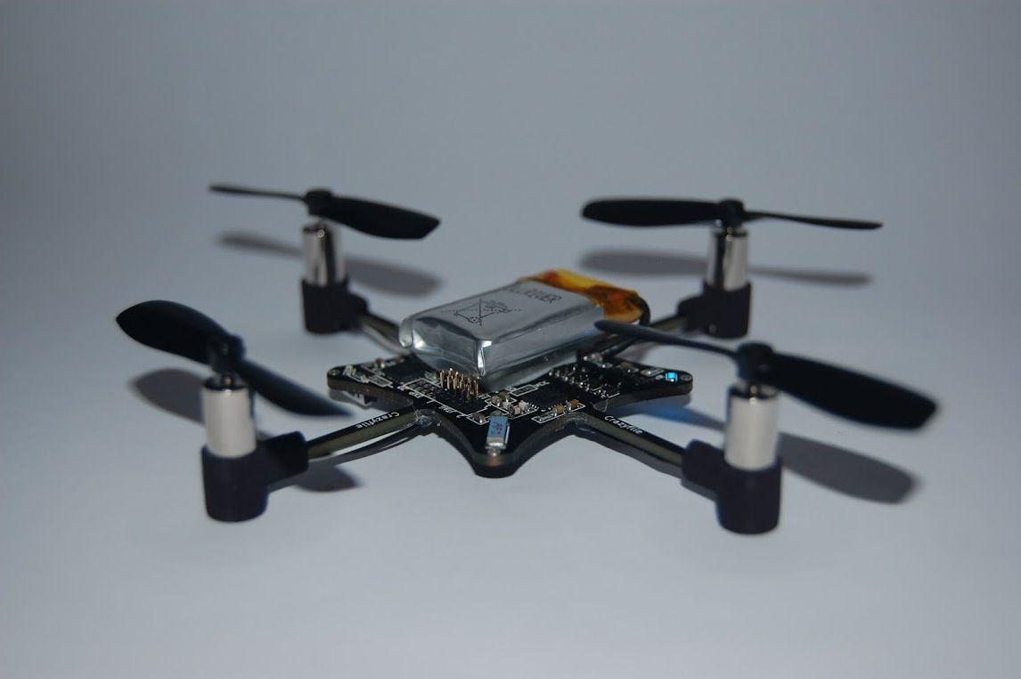 EINMALIGE VERWENDUNG neuerdings / Quadrocopter