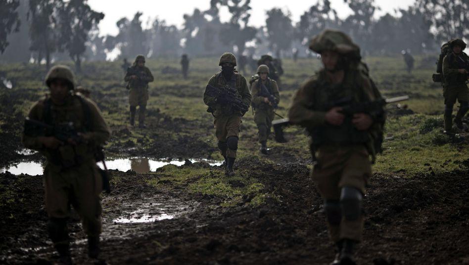 Israelische Soldaten auf dem besetzten Teil der Golanhöhen: Grenze mit Syrien wird für Israel zur nächsten Front