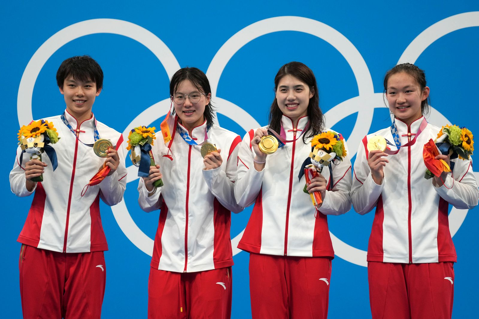 Yang Junxuan, Tang Muhan, Zhang Yifan, Li Bingjie