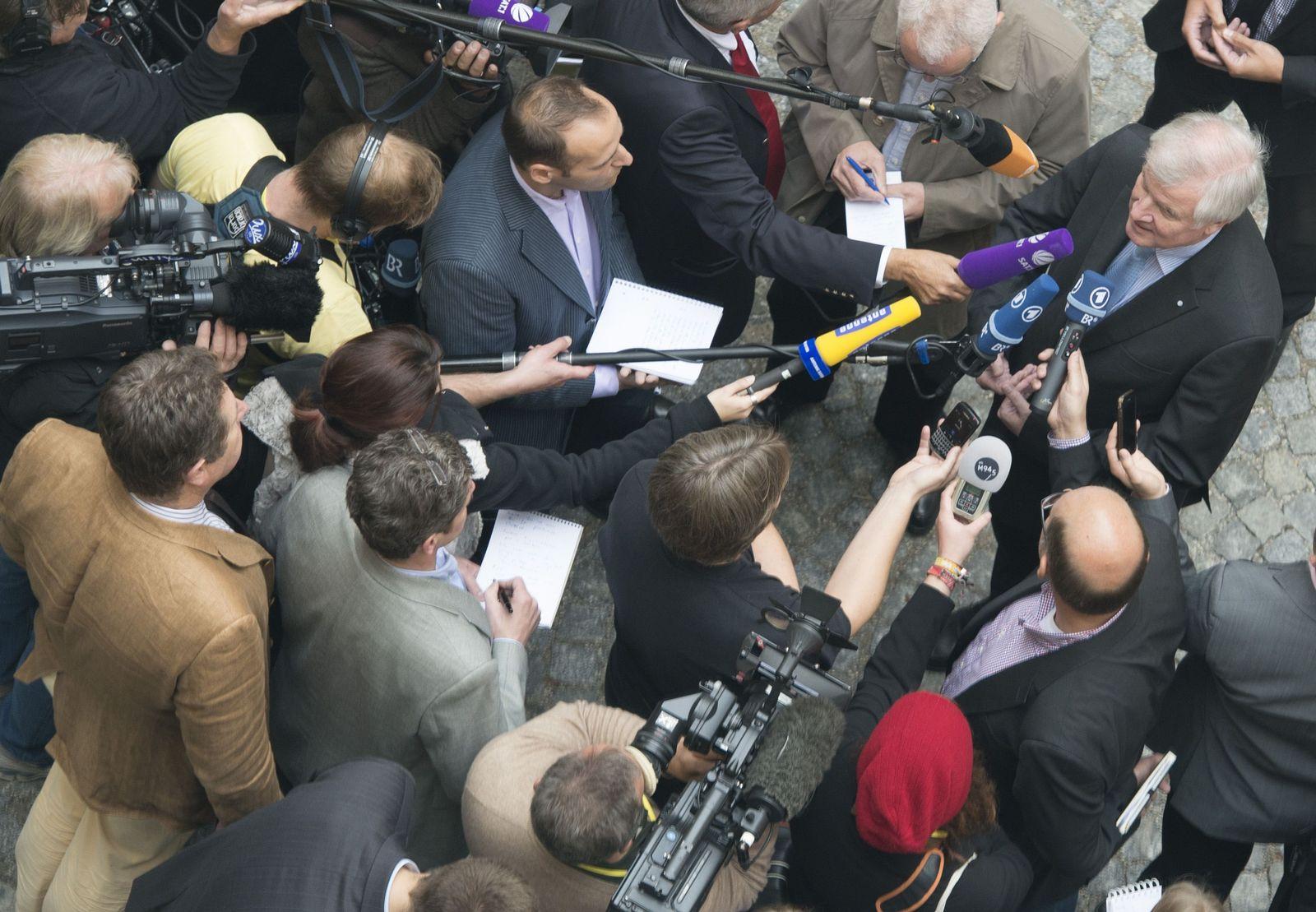 NICHT VERWENDEN seehofer journalisten