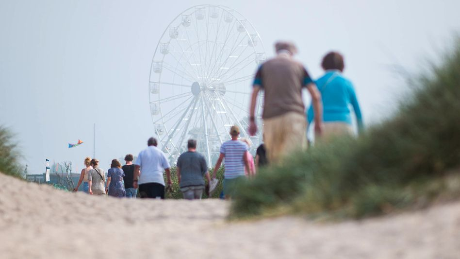 Senioren am Strand von Schillig (Symbolbild)
