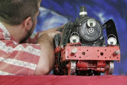 Joachim A. has been pretty faithful to his steam locomotive recently.