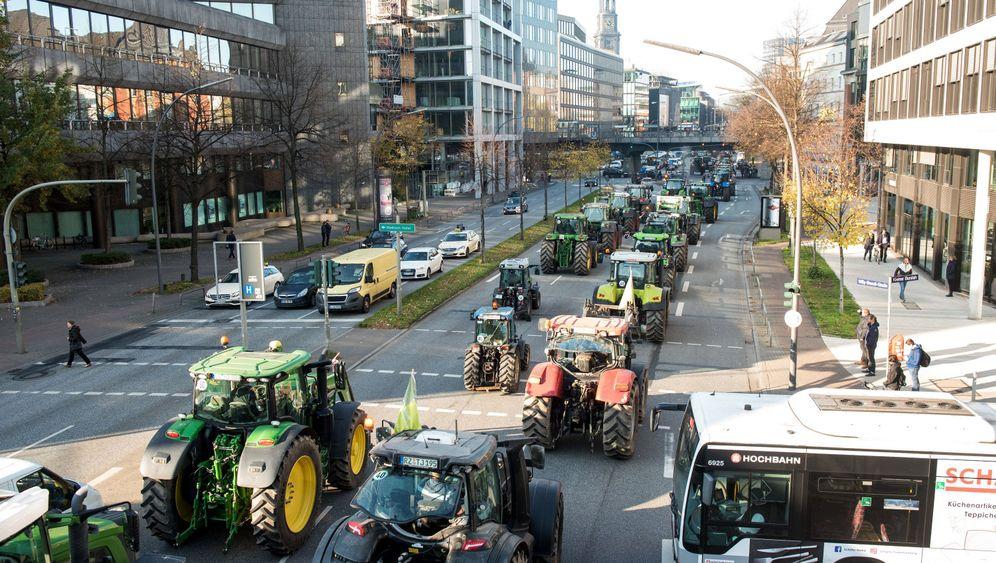 Bauerndemo: Tuck, tuck, Protest