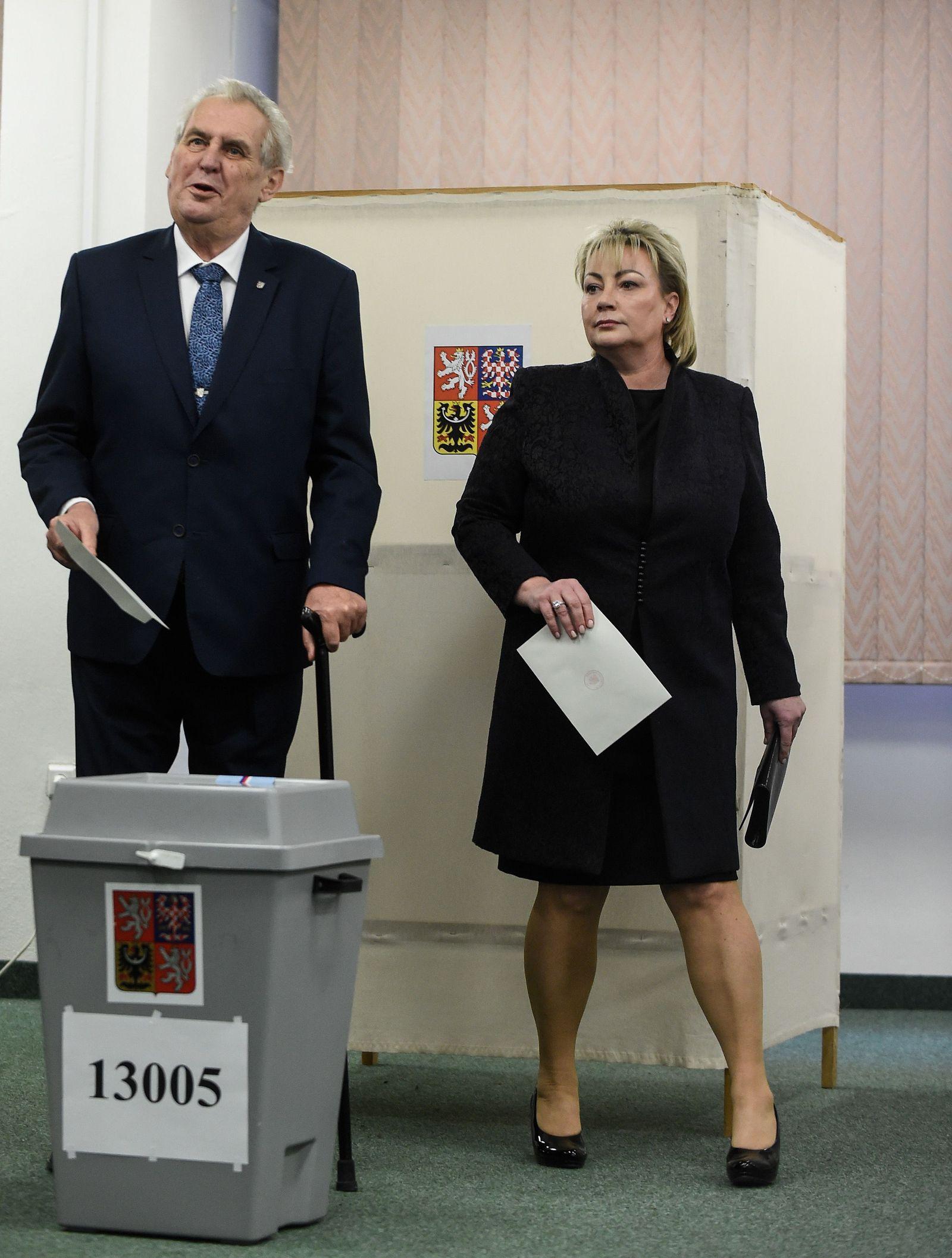 CZECH-POLITICS-VOTE-FEMEN
