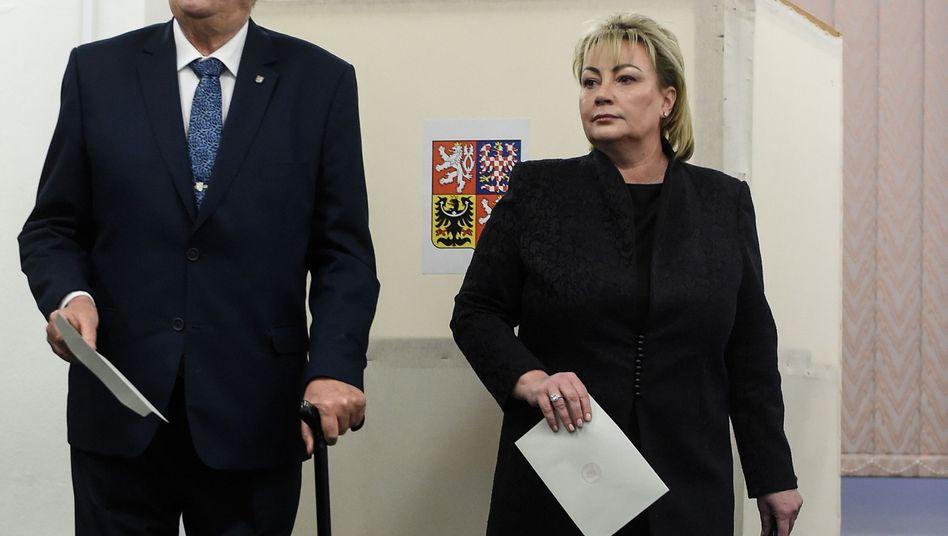 Tschechiens Präsident Milos Zeman und seine Frau Ivana