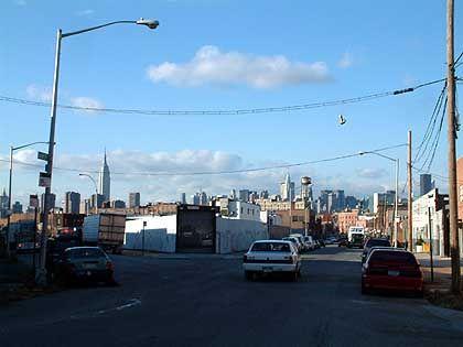 Taxi nur mit üppigem Trinkgeld: Für viele Manhattaner scheint der Brooklyner Stadtteil Williamsburg noch Lichtjahre entfernt