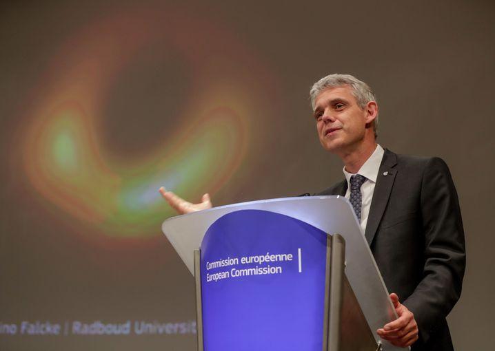 Der deutsche Radioastronom Heino Falcke in Brüssel