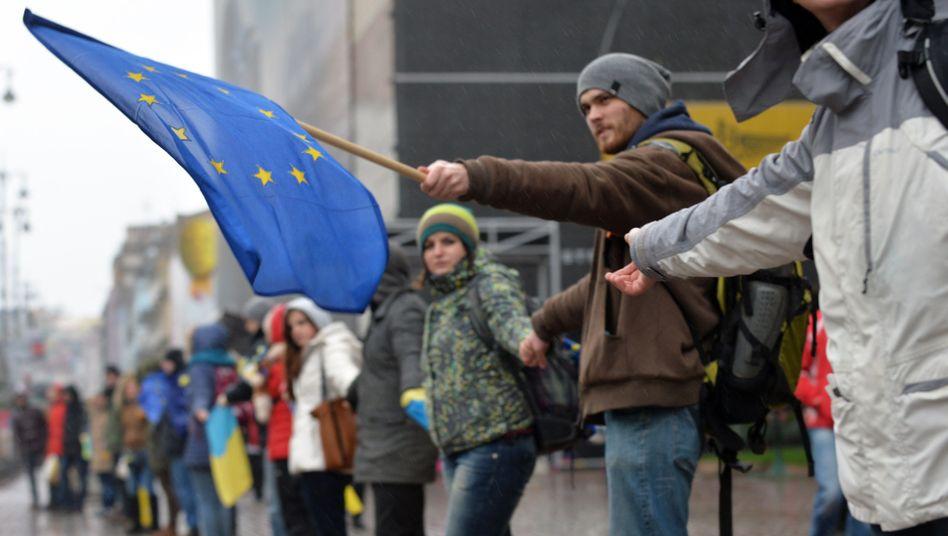 """Pro-EU-Kundgebung in Kiew: """"Jetzt ist die Zeit der Entscheidung"""""""
