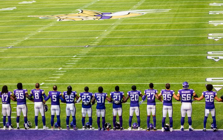 Respekt für George Floyd: Das Team der Minnesota Vikings