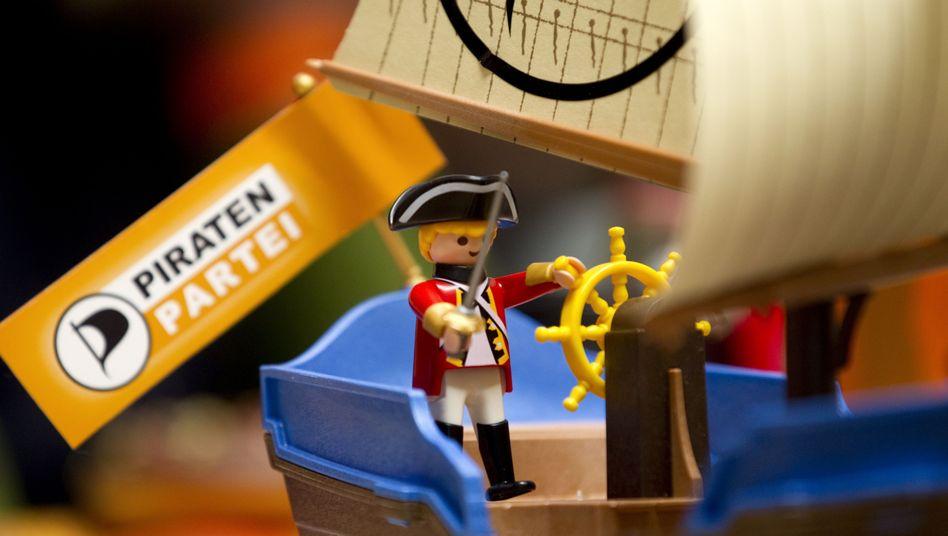 Playmobil-Pirat mit Parteisymbol: Um politische Gesinnung soll es nicht gehen