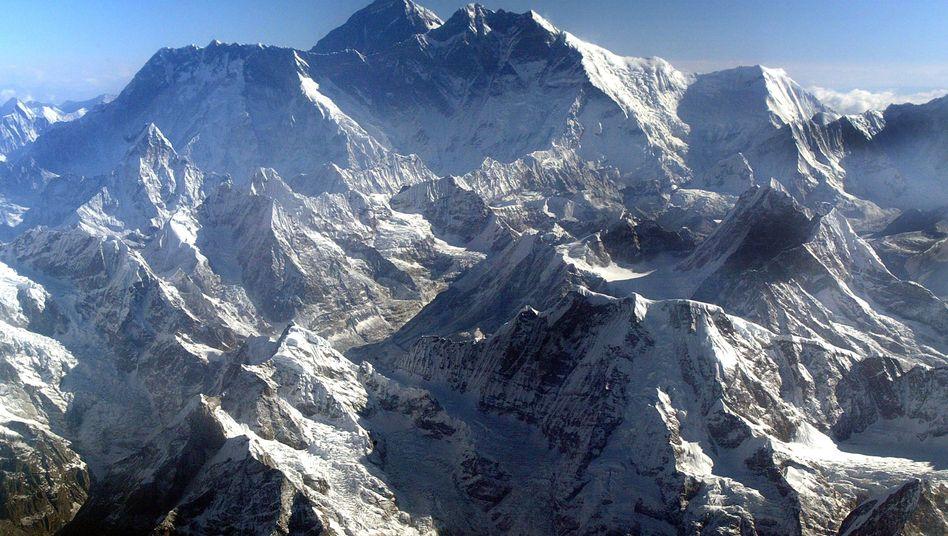 Mount Everest: Der größte Berg der Welt soll sicherer gemacht werden