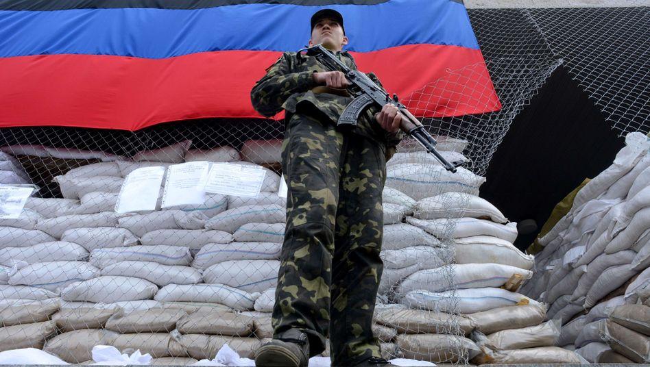 """Prorussischer Milizionär (in Slowjansk): """"Warme Gefühle für Russland"""""""