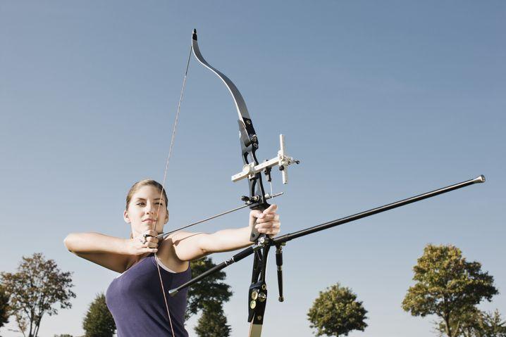 Bogenschützin: Moderner Sport mit einer jahrtausendealten Tradition