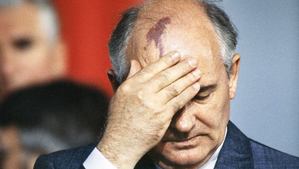 Photo Gallery: Gorbachev's Last Days
