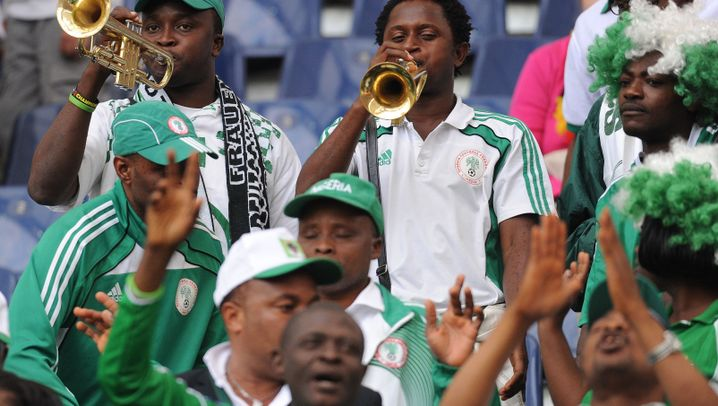DFB vs. Nigeria: Neid tobt, Laudehr trifft