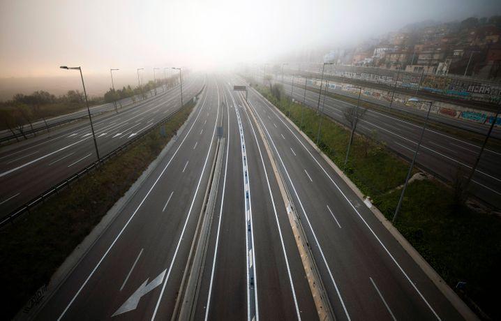 Autobahn in Barcelona im März: Der zweite Alarmzustand wird anders