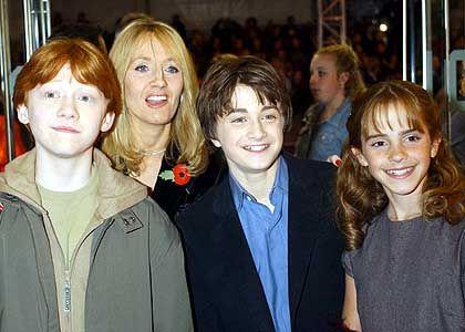 Die Potter-Crew und ihr Star: Daniel Radcliffe (2. v. l.) mit Rupert Grint, Emma Watson und J.K. Rowling