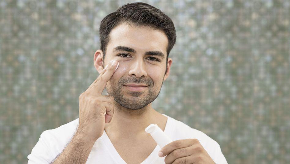 Hautpflege: Was bringt wirklich etwas - und was ist nur Geldmacherei?