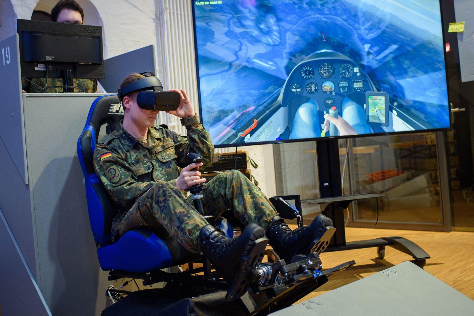 Verteidigungsministerin beim Cyber Innovation Hub der Bundeswehr