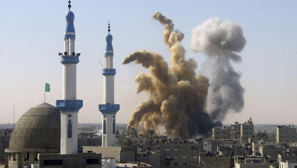 Israelischer Luftangriff im Gaza-Streifen (Archivbild): Neuer Blick auf den Krieg