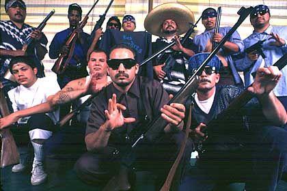 """Street-Gang """"Los Compadres"""": Einwanderer auf der Suche nach Identität"""