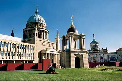 Die Nikolaikirche von Schinkel ist Potsdams bestes Stück, schon allein wegen der Kuppel