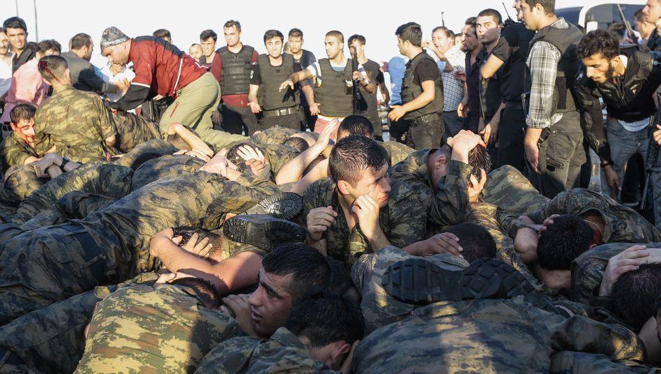Soldaten während des Putschversuchs 2016
