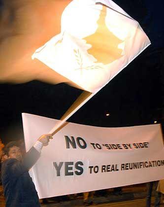 Demonstration gegen die Wiedervereinigung: Griechische Zyprer befürchteten Gebietsverluste