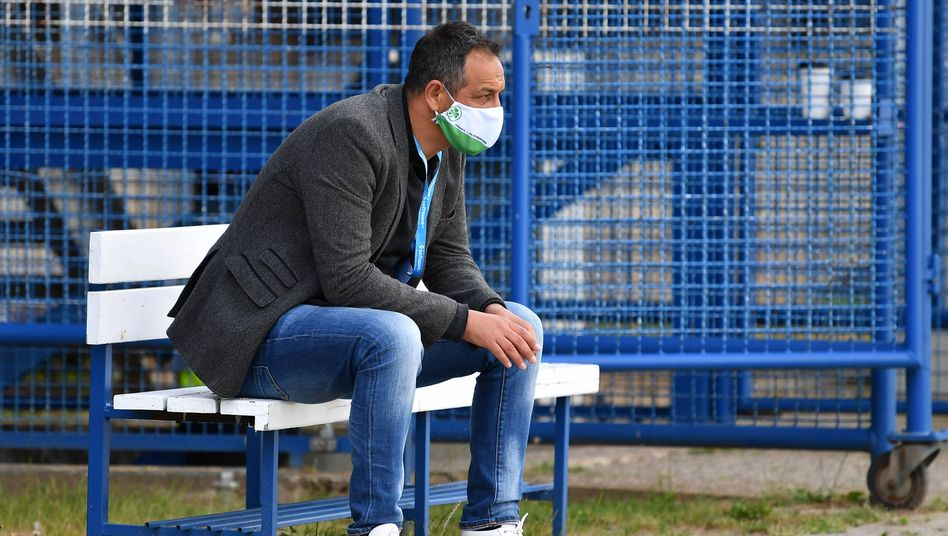 Fürths Sportdirektor Rachi Azzouzi