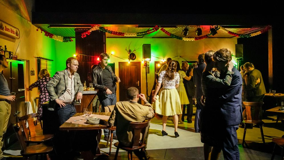 Premiere an der Berliner Schaubühne: Tanz den Mussolini