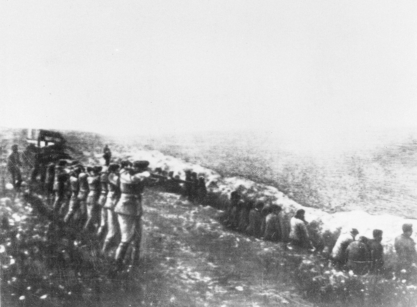 WWII Nazi Atrocities In The Ukraine 1942