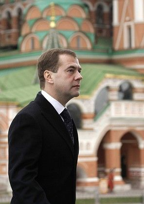 """Russian President Dmitry Medvedev laid flowers in Red Square on November 4, Russia's """"Day of People's Unity,"""" to commemorate the leaders of a struggle against foreign invaders in 1612."""