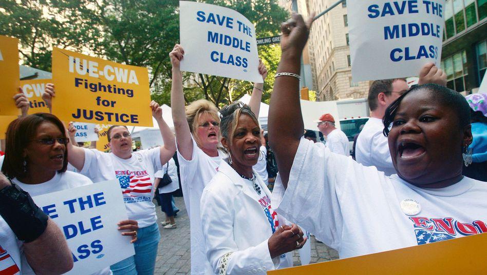 Stahlarbeiter bei einer Demonstration in New York
