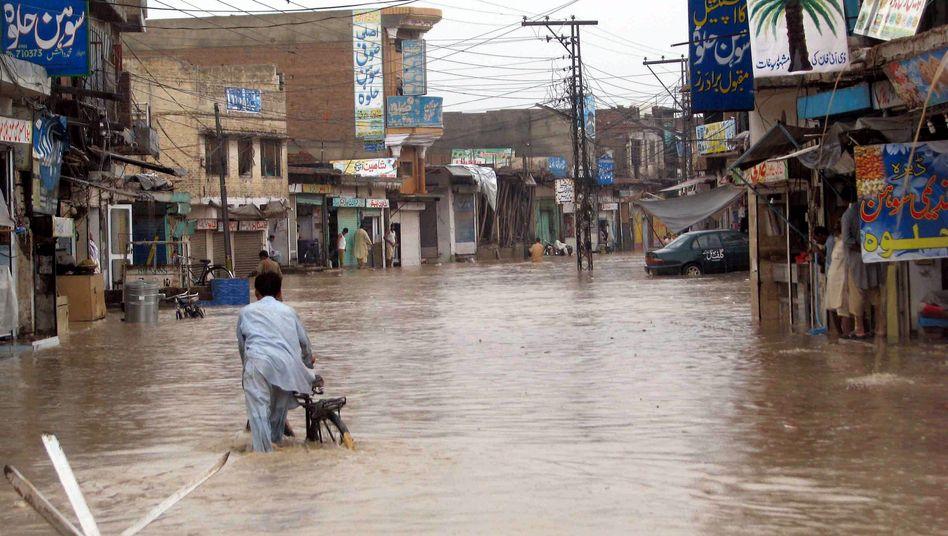 Flut in Pakistan: Anerkennung der Wetterextreme