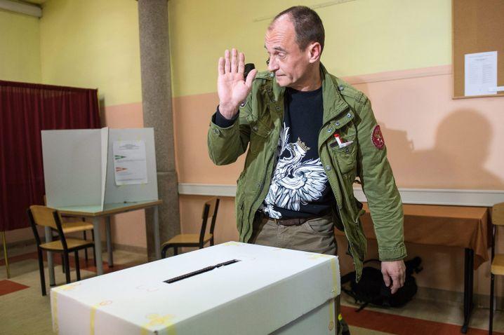 Protestpolitiker Kukiz am Wahlsonntag: 20 Prozent, null Inhalt
