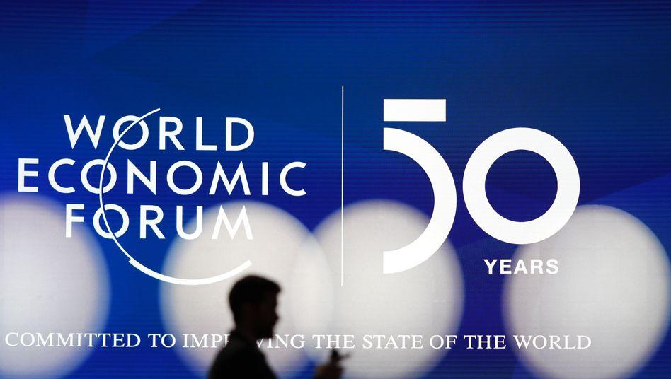 Der IWF hat seine Prognose für die Entwicklung der Weltwirtschaft in Davos vorgestellt