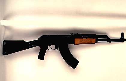 """Sturmgewehr vom Typ AK-47 Kalaschnikow: Die """"beliebteste"""" Mordwaffe der Welt"""
