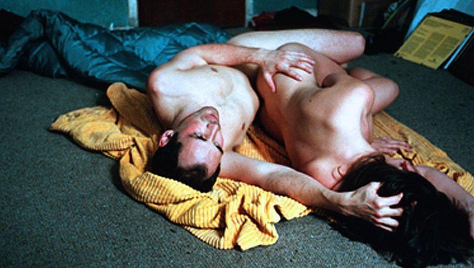 """Szene aus dem Film """"Intimacy"""": Bindungslosigkeit, Instant-Sex - die Geißeln unserer Zeit?"""