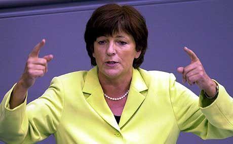 Gesundheitsministerin Schmidt: Mit der Chipkarte zur Patienten-Kontrolle?