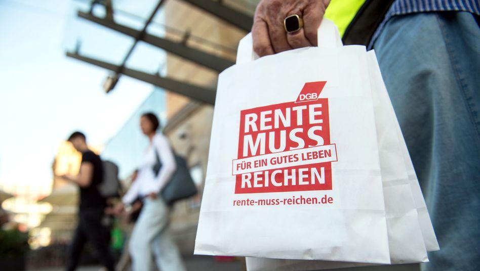 Aktion zur Rentenpolitik in Hannover