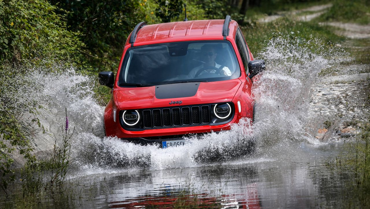 Autogramm: Jeep Renegade 4Xe: Allrad mal anders - DER SPIEGEL