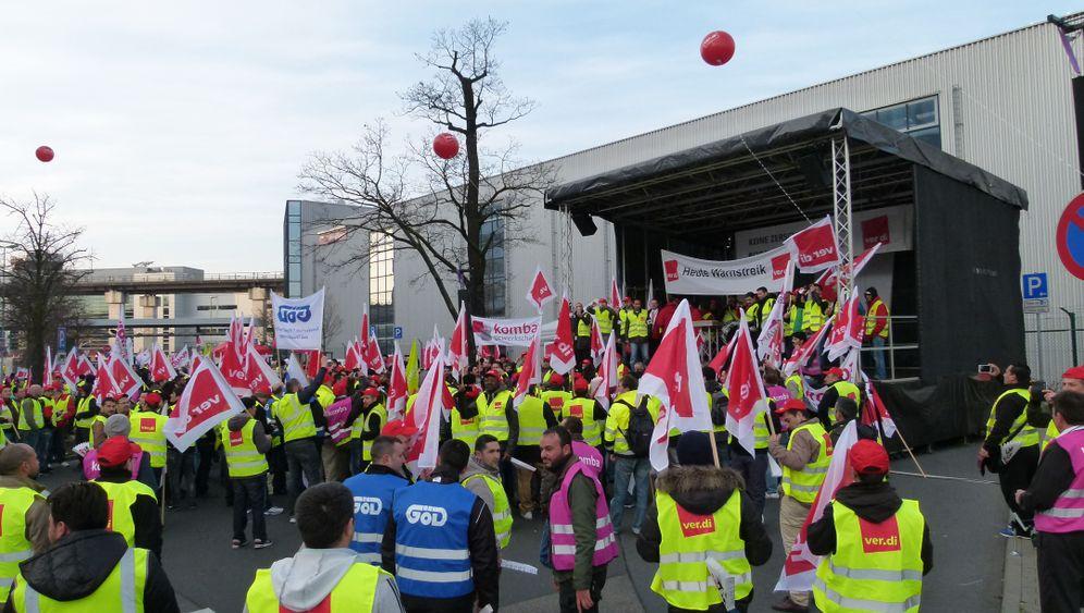 """Streik am Flughafen: """"Mit dem Gehalt fliegen Sie nicht in Urlaub"""""""