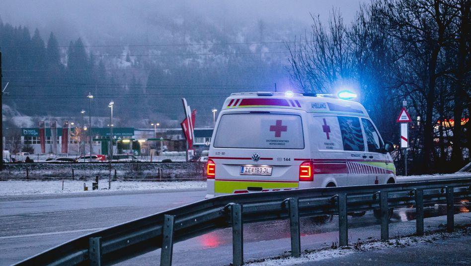 20-Jähriger aus Bayern stirbt bei Rodelunfall in Österreich