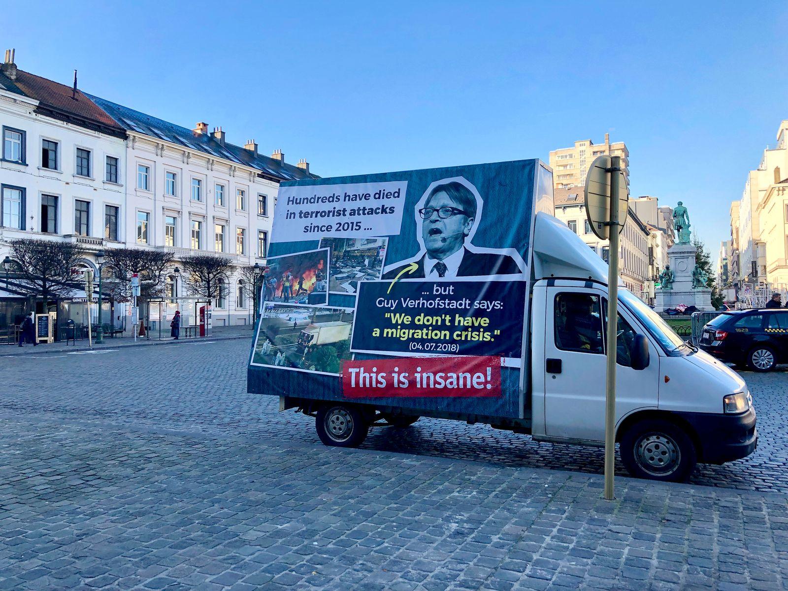 Ungarn/ Kampagne/ Jean-Claude Juncker/ George Soros