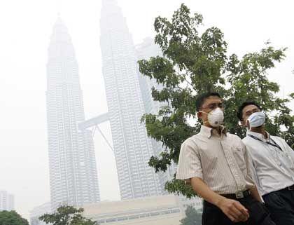Rauchinvasion aus dem Nachbarland: Kuala Lumpur kämpft gegen Dunst und Gestank