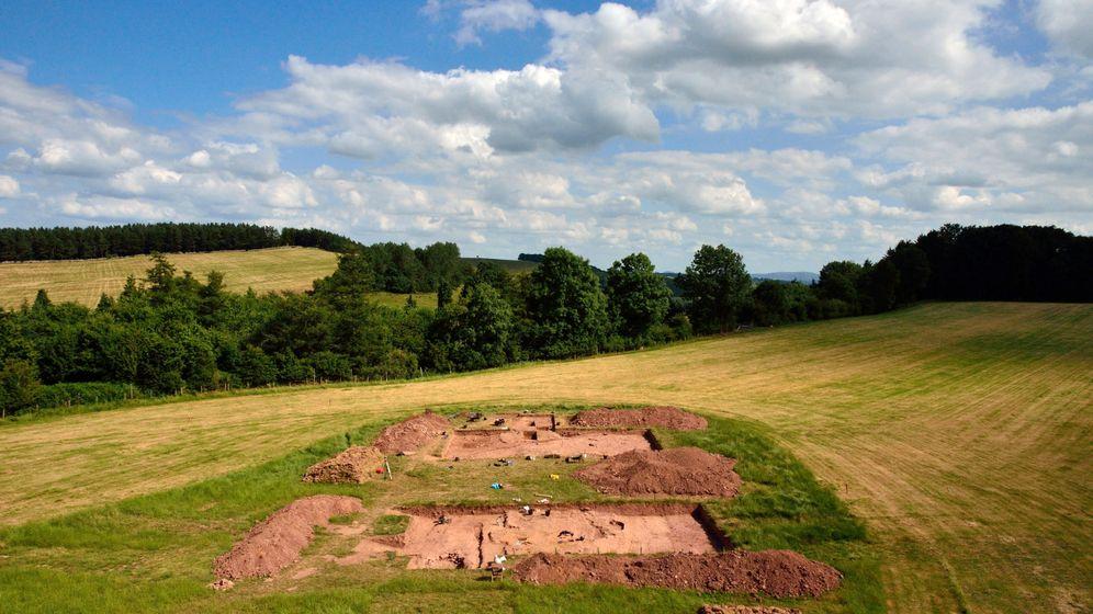 Steinzeit: Gewaltiges Feuer sollte Totenhaus zerstören