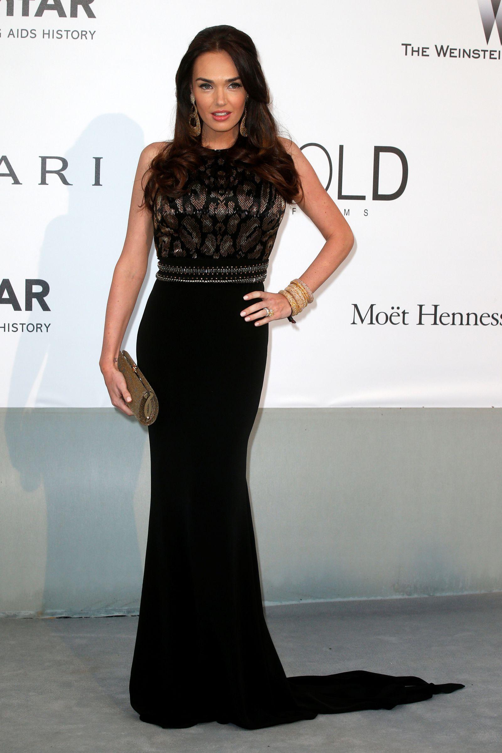 FILE PHOTO: Burglars nab jewellery worth $64 mln from British celeb Tamara Ecclestone