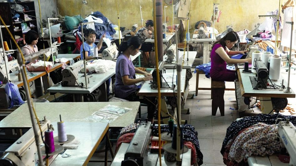 Näherinnen in Vietnam: Unternehmen müssen wenig Konkretes tun